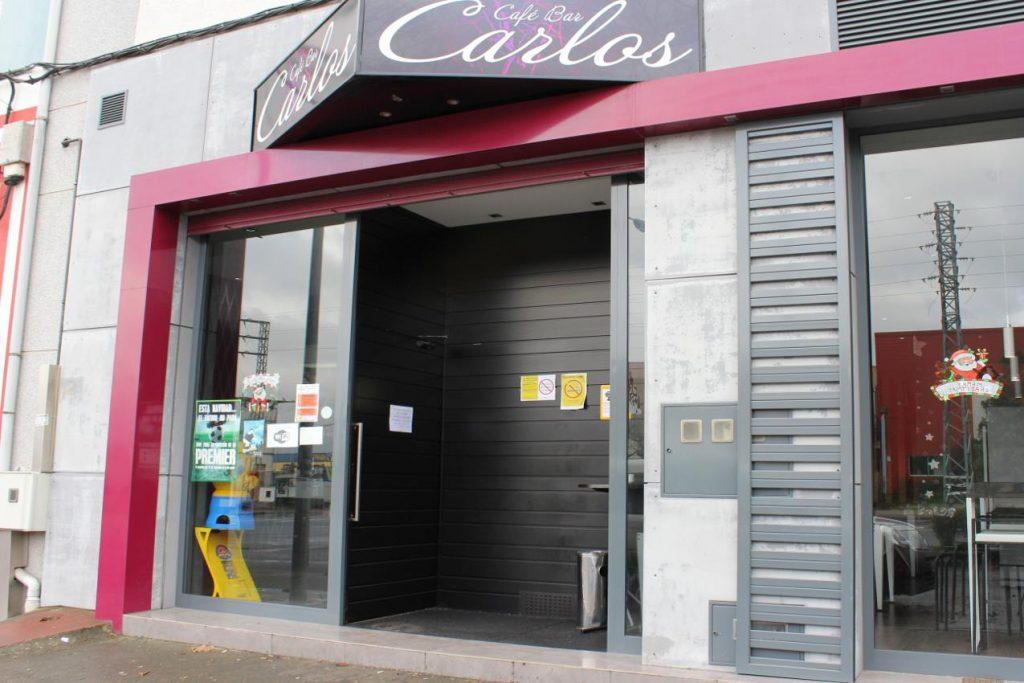 Cafe bar Carlos entrada